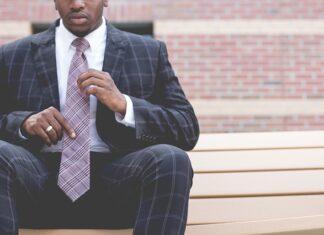Jak się wiąże krawat